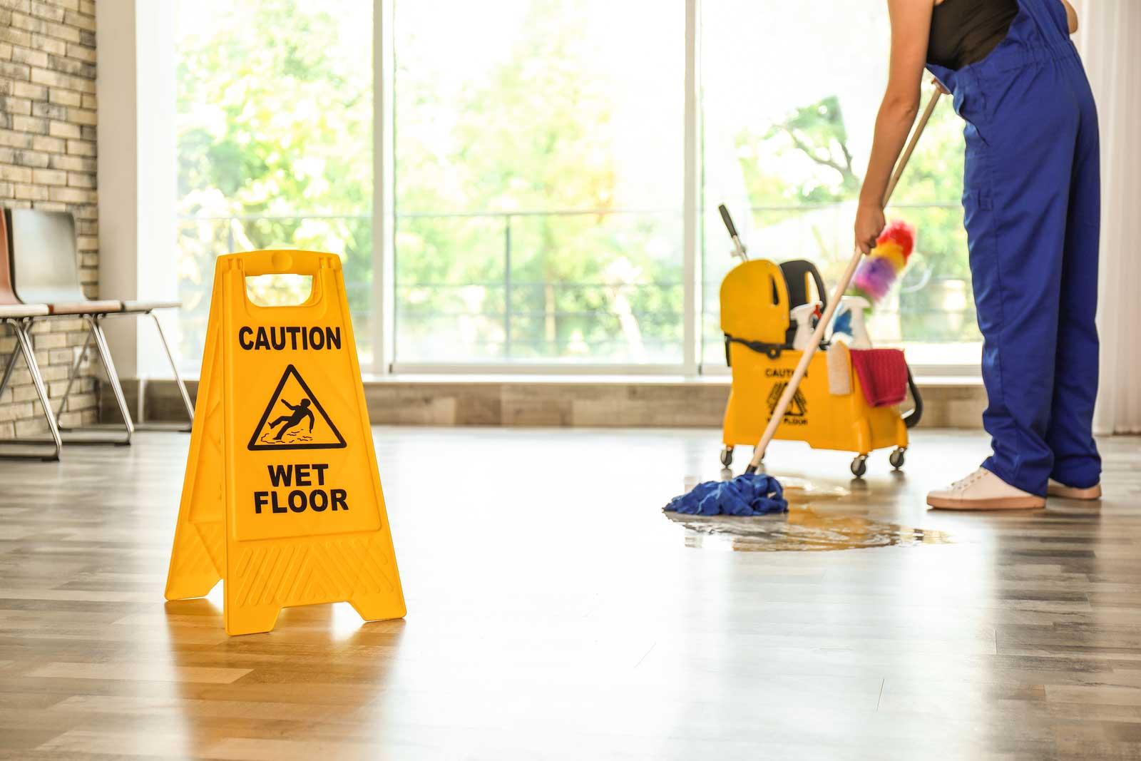 Externaliza el servicio de limpieza de tu empresa